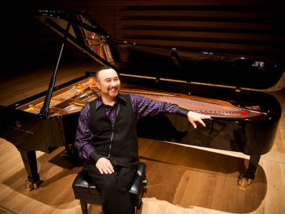 Classical: Swooning Over Pianist Jon Kimura Parker