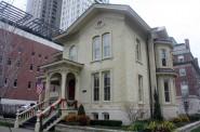 Cream City Brick house on N. Marshall Street. Photo by Carl Baehr.