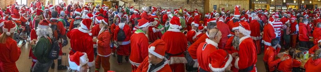 With more than 1,000 Santas, we don't all fit in Lakefront Brewery anymore, but nobody complained about the tight quarters after they got a delicious beer.