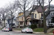Highland Boulevard homes. Photo by Carl Baehr.