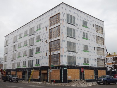 Friday Photos: Walker's Pt. Apartment Building Rises