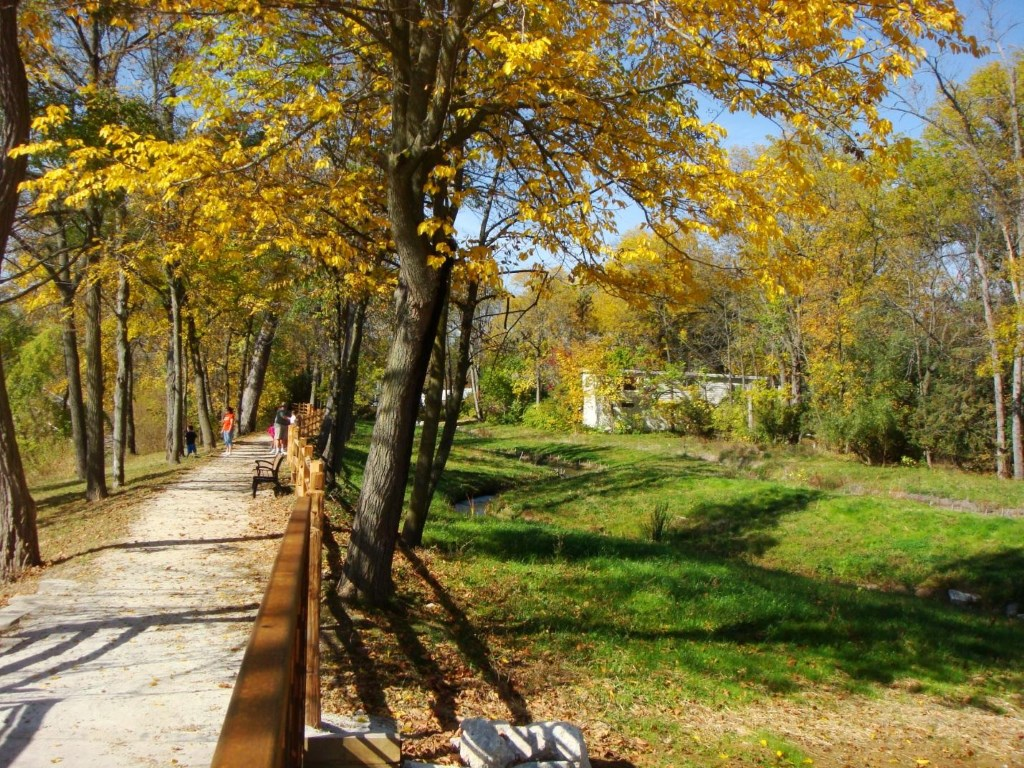 View of the fish passage and enhanced trail constructed at the Mequon-Thiensville Dam in 2009-10.