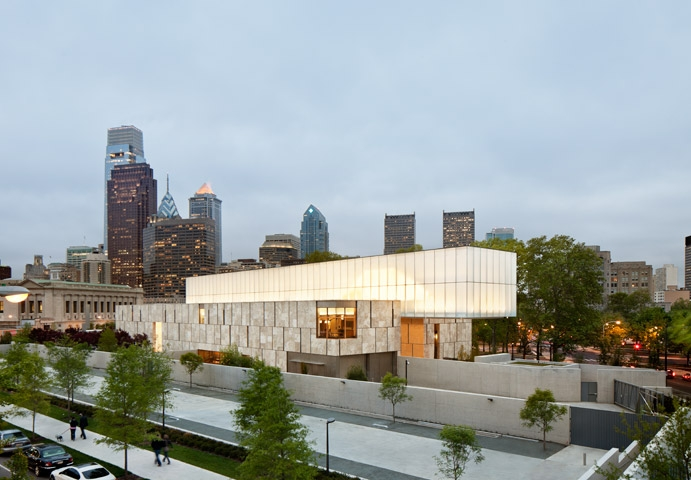 The Barnes Foundation building in Philadelphia, PA is example of the style of work done by Tod Williams Billie Tsien Architects.