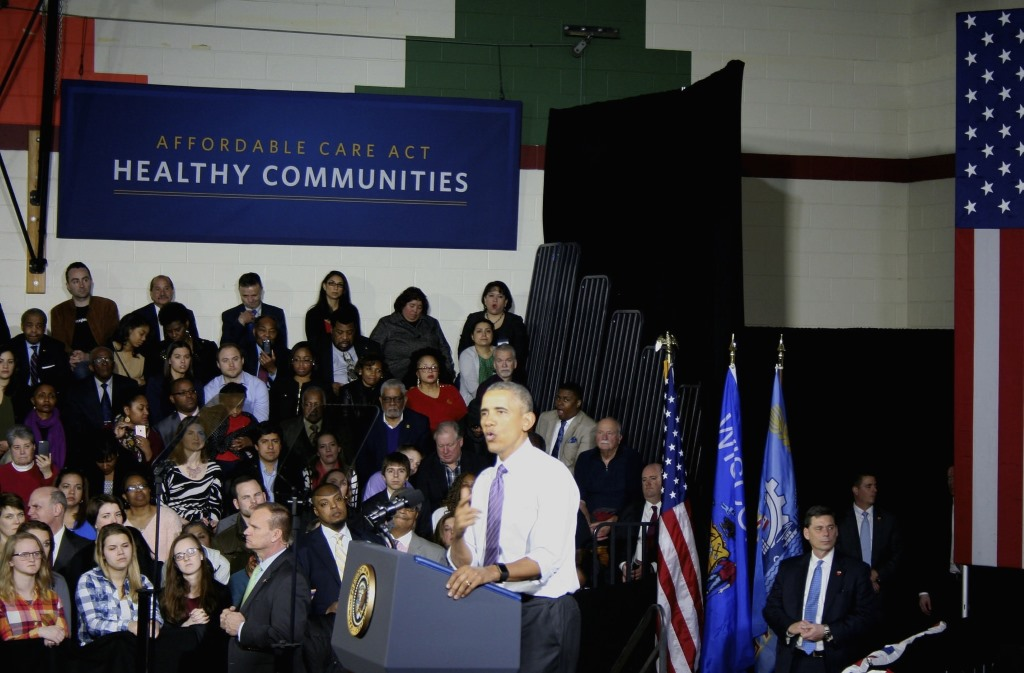 Barack Obama spoke at the United Community Center Thursday. Photo by Jabril Faraj.