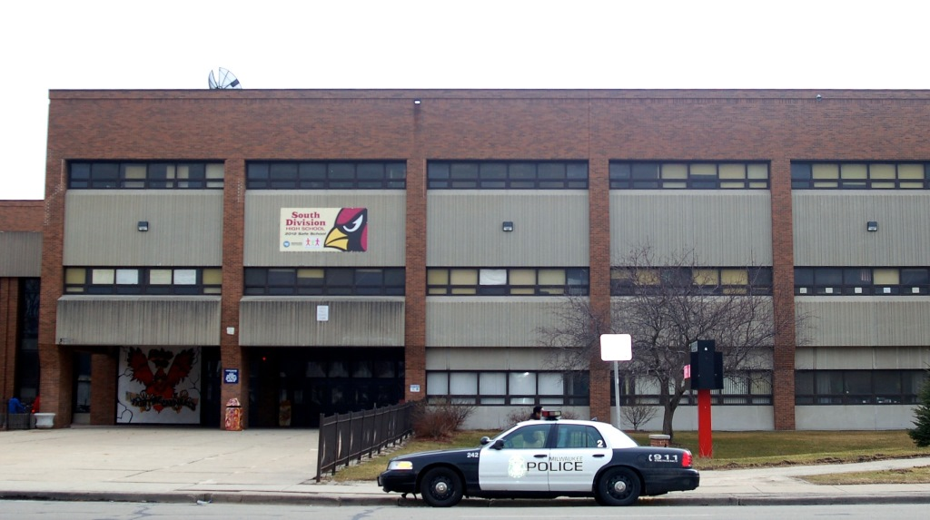A bomb threat was reported at South Division High School, 1515 W. Lapham Blvd. Wednesday afternoon. No bomb was found. Photo by Edgar Mendez.