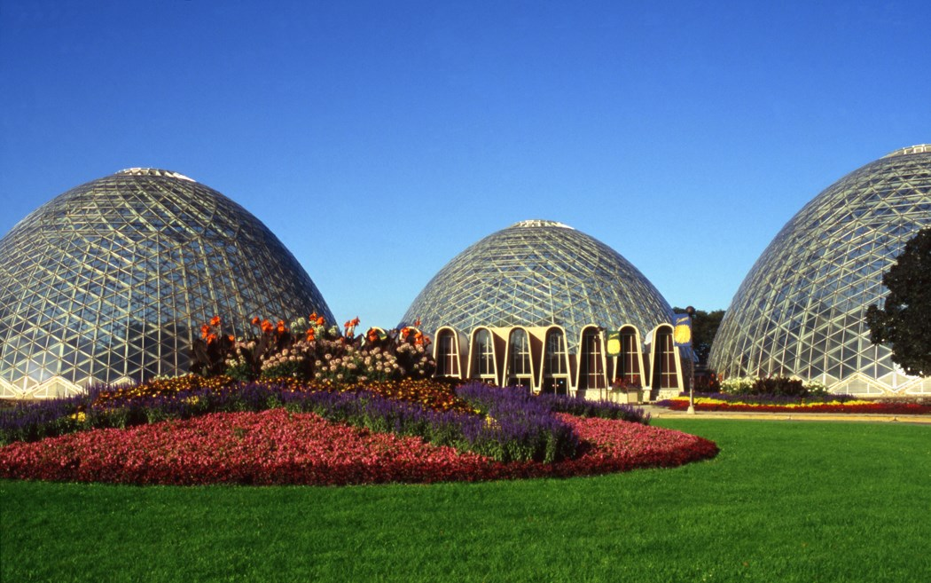 "Nation's Leading Historic Preservation Organization Names the ""Milwaukee Domes"" a National Treasure"