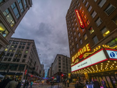 CNN to Host Town Hall from Milwaukee's Riverside Theater on Tuesday, March 29