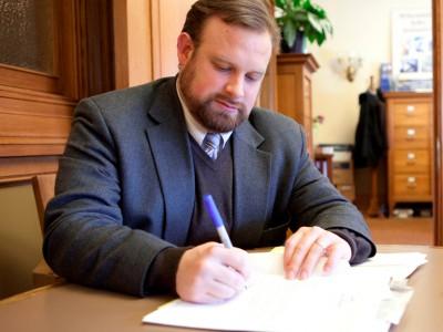 Rep. Mason to Sen. Johnson: Hold Hearings, Vote on Judge Merrick Garland