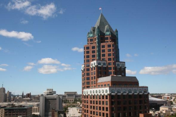 Milwaukee Center. Photo by Dave Reid.