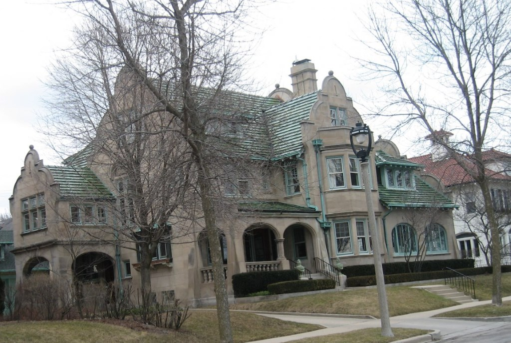 Mysterious $1 Million Lakeside Mansion. Photo by Michael Horne.