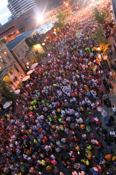 Runners filling up N. Jefferson St. at the 2014 Storm the Bastille run. Photo by Jeramey Jannene.