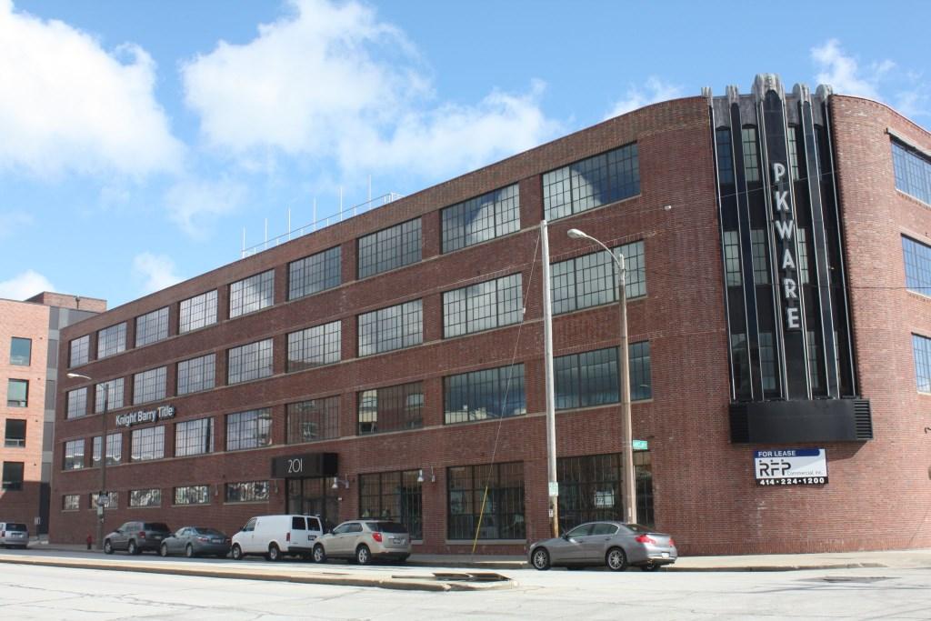 Former Pittsburgh Plate Glass Enamel Plant. PhotO by Carl Baehr.
