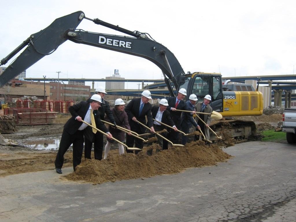 Standard Electric Supply Co. Breaks Ground on Building Expansion. Photo courtesy of the Menomonee Valley Partners.