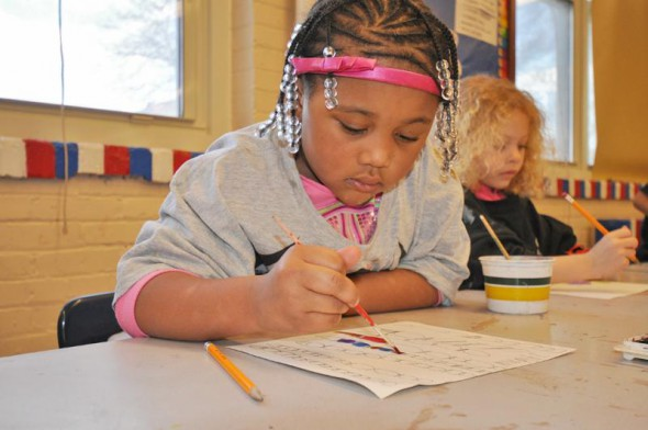 Four-year-old kindergarten students paint with watercolors. Photo courtesy of MPS.