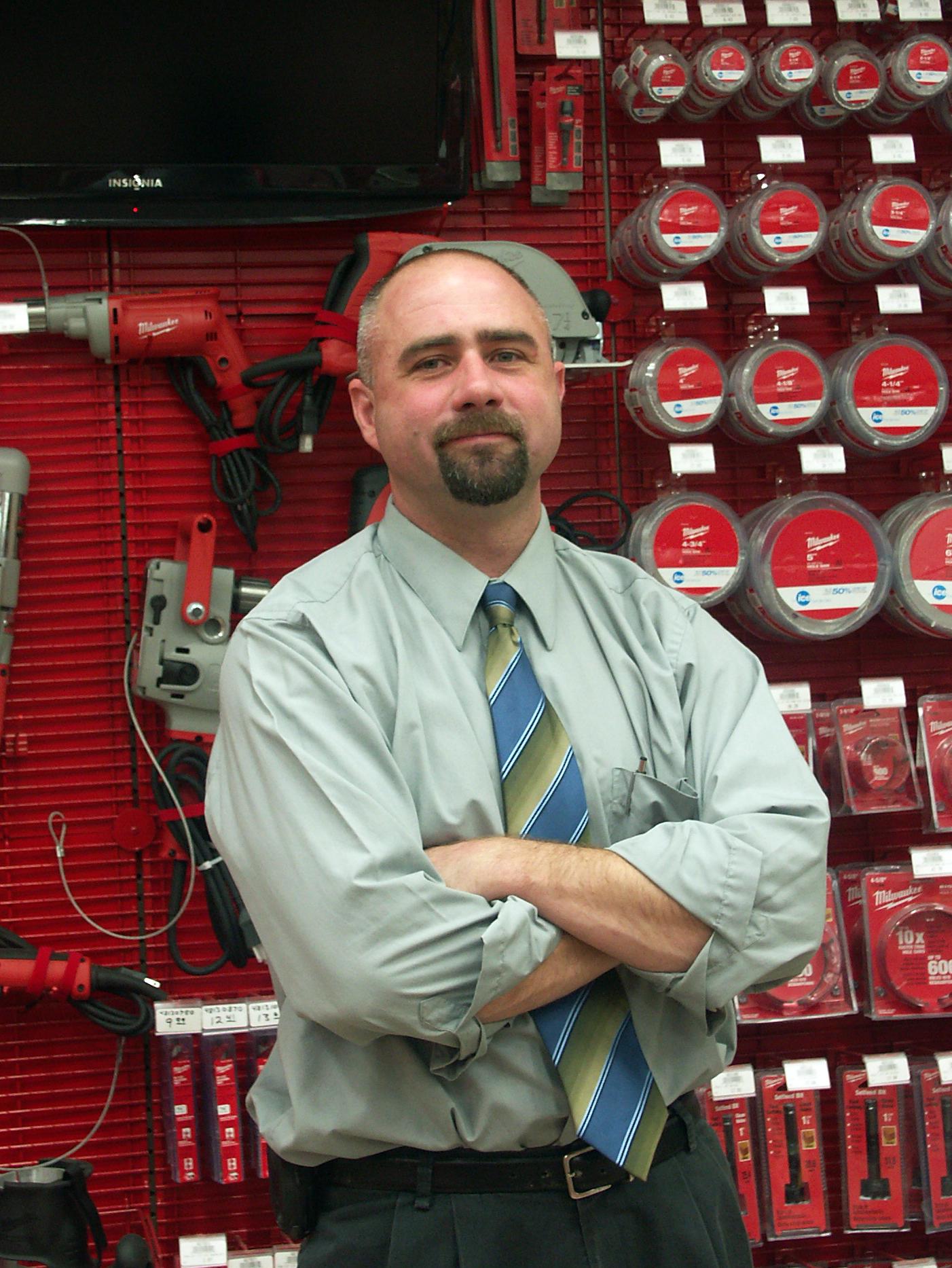 """Eli Bliffert of Bliffert Lumber & Hardware Named Hardware Industry's """"Top Gun"""""""