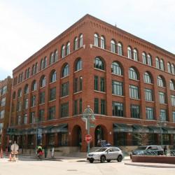 Beck Carton Building. Photo by Jeramey Jannene.