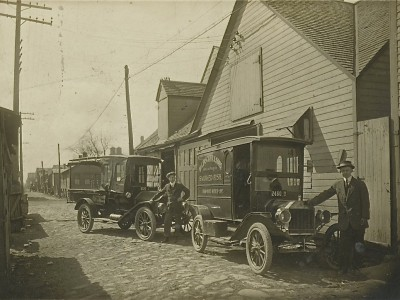 Yesterday's Milwaukee: Smoked Fish Delivery Truck, 1915