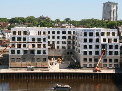 Friday Photos: River House Rising