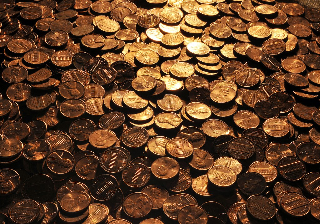 U.S Pennies. By Roman Oleinik (Own work) [CC BY-SA 3.0 (http://creativecommons.org/licenses/by-sa/3.0) or GFDL (http://www.gnu.org/copyleft/fdl.html)], via Wikimedia Commons.