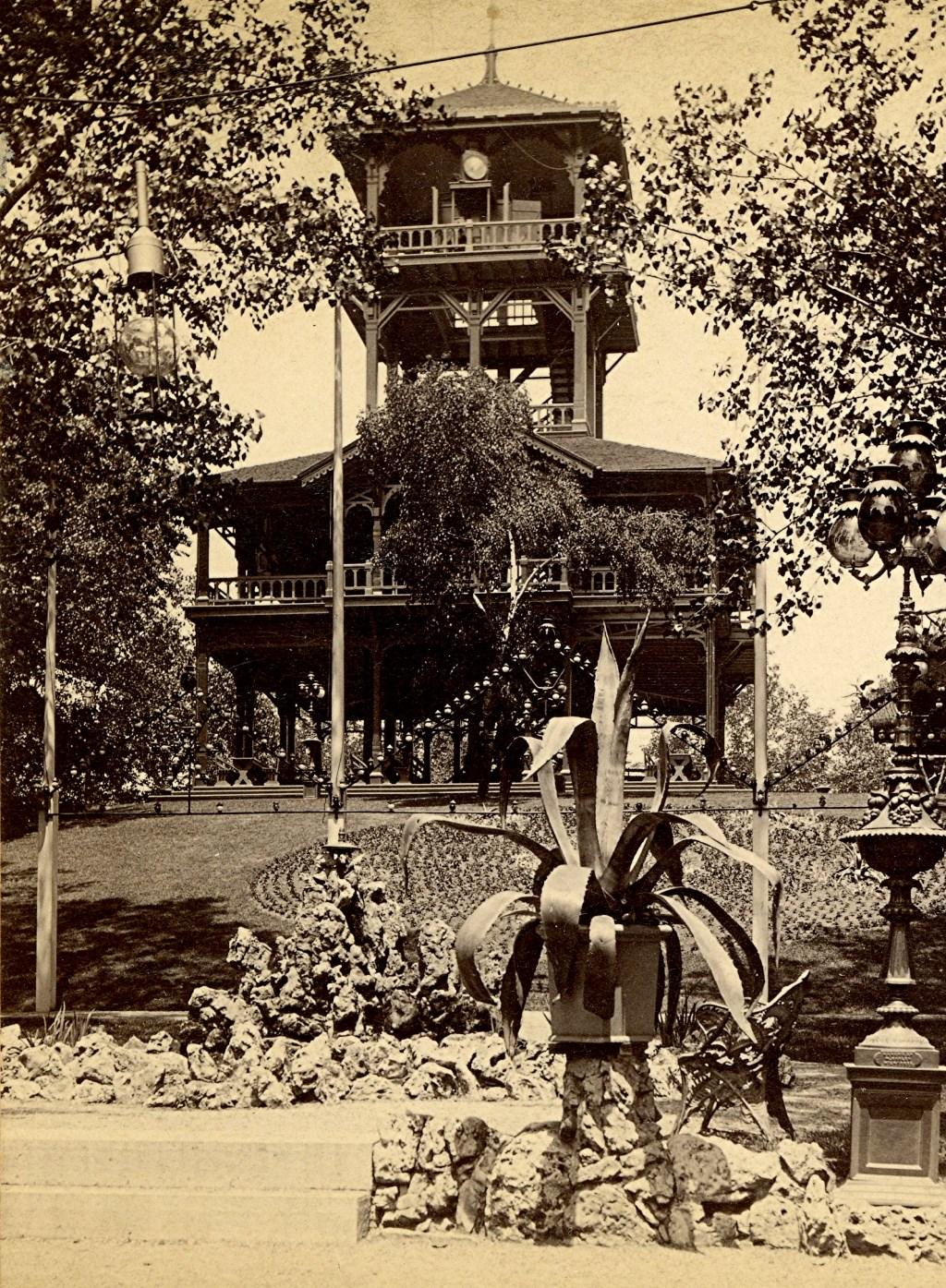 Schlitz Garden's Observation Tower, 1880s. Image courtesy of Jeff Beutner.