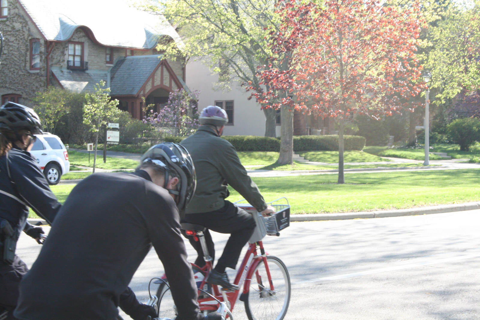 Celebrate Wisconsin Bike Week with Mayor Tom Barrett, Alderpersons, the Wisconsin Bike Fed, and Bublr Bikes