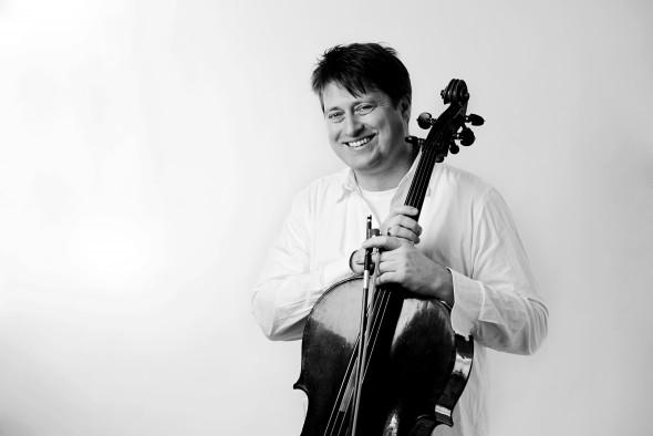 Cellist Jozef Lupták. Photo by Zuzana Sumska.