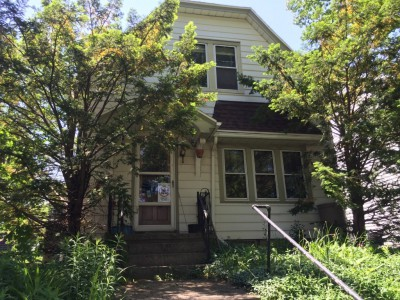 House Confidential: Transit Activist's Modest Bay View Cottage