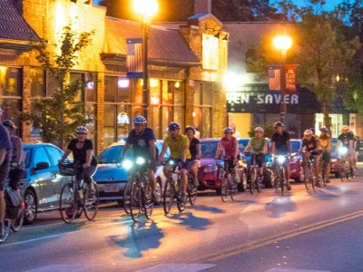 Bike Czar: Tosa Full Moon Ride a Glowing Success