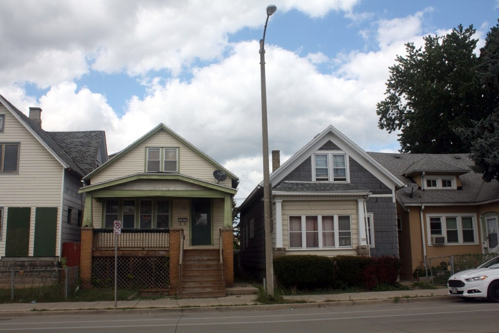 Homes along Greenfield Avenue. Photo by Carl Baehr.