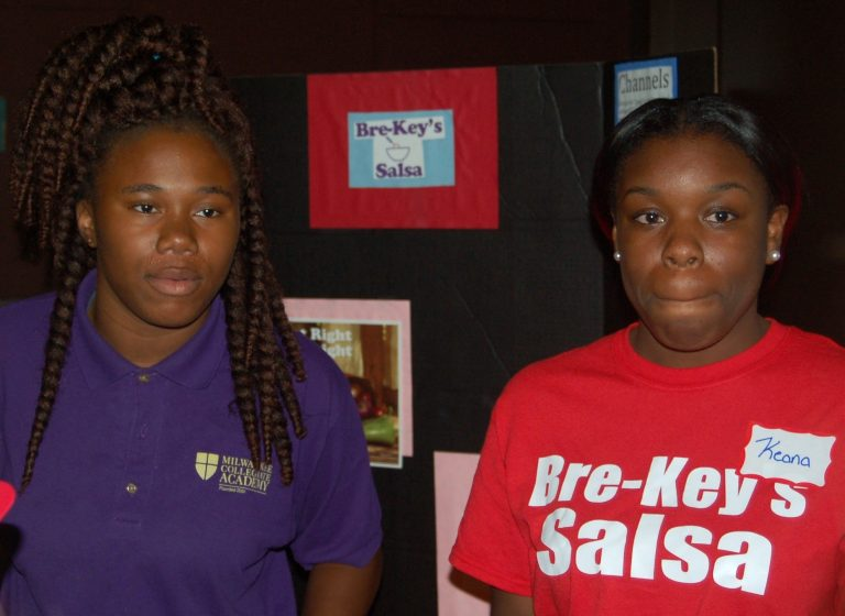 Briana Beal (left) and Keana Nelson developed a line of salsas for the product competition. Photo by Andrea Waxman.
