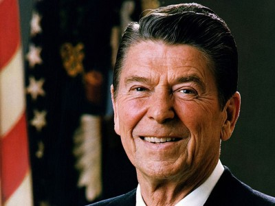 Op-Ed: Ronald Reagan Wasn't a Ponzi Schemer