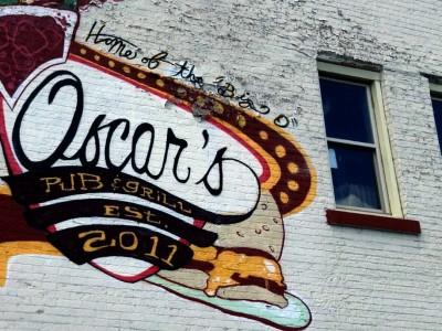 Dining: Oscar's Is Hamburger Heaven