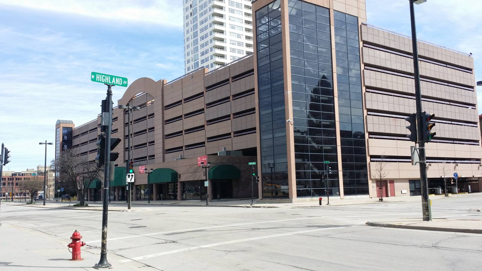 4th and Highland Parking Garage. Photo by Jack Fennimore.