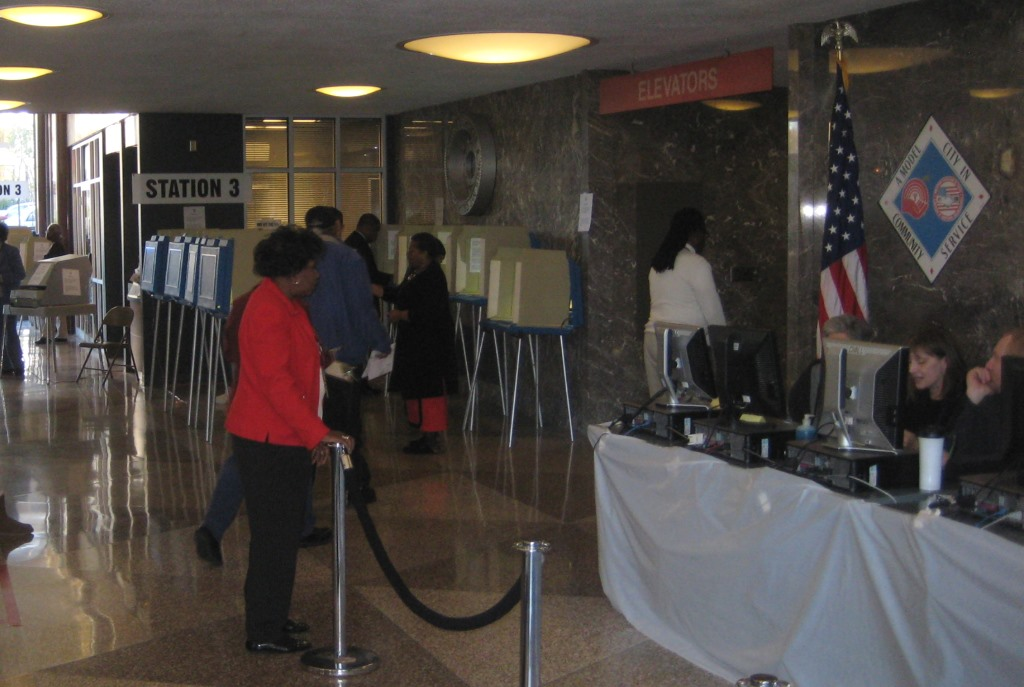 Early Voting in 2014. Photo by Michael Horne.