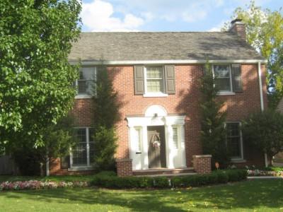 House Confidential: John Hammond's Hum-Drum Colonial