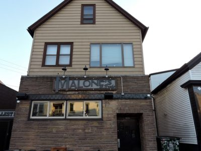 Bar Exam: Malone's Bar Has a Bay View Style
