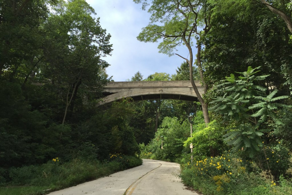 Lake Park Arch Bridge. Photo by Dave Reid.
