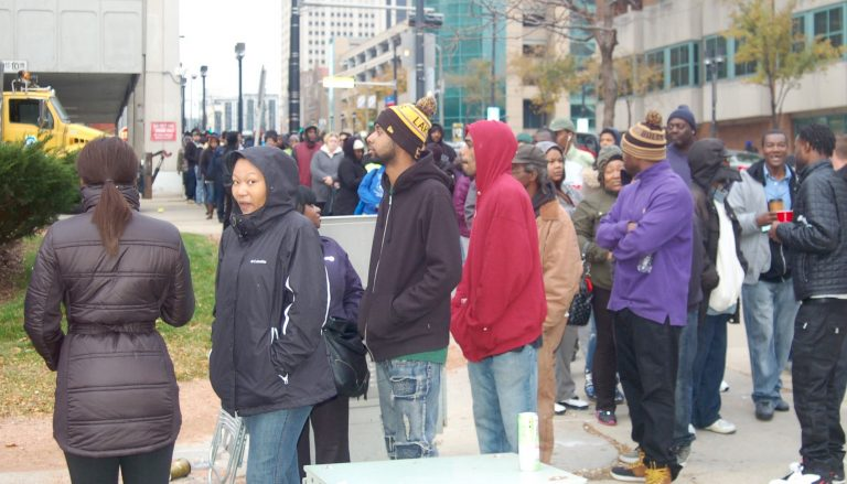 An estimated 2,400 defendants appeared at the Milwaukee Municipal Court during Warrant Withdrawal Wednesdays. Photo by Edgar Mendez.