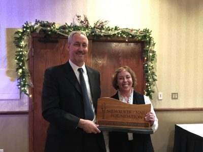 "Ronna Bromberg Pachefsky Given Milwaukee NARI Foundation ""Spirit Of Volunteerism"" Award"