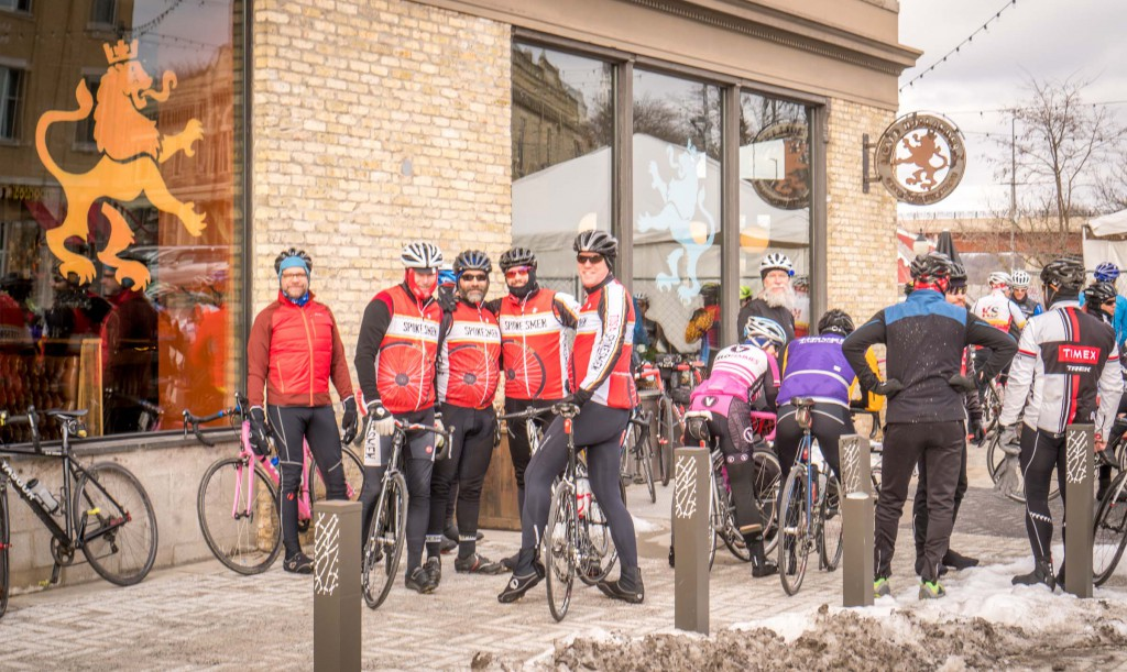 A hardy group of thirty Westsiders showed up at the Cafe Hollander in Wauwatosa for the unofficial Ride to Wales.