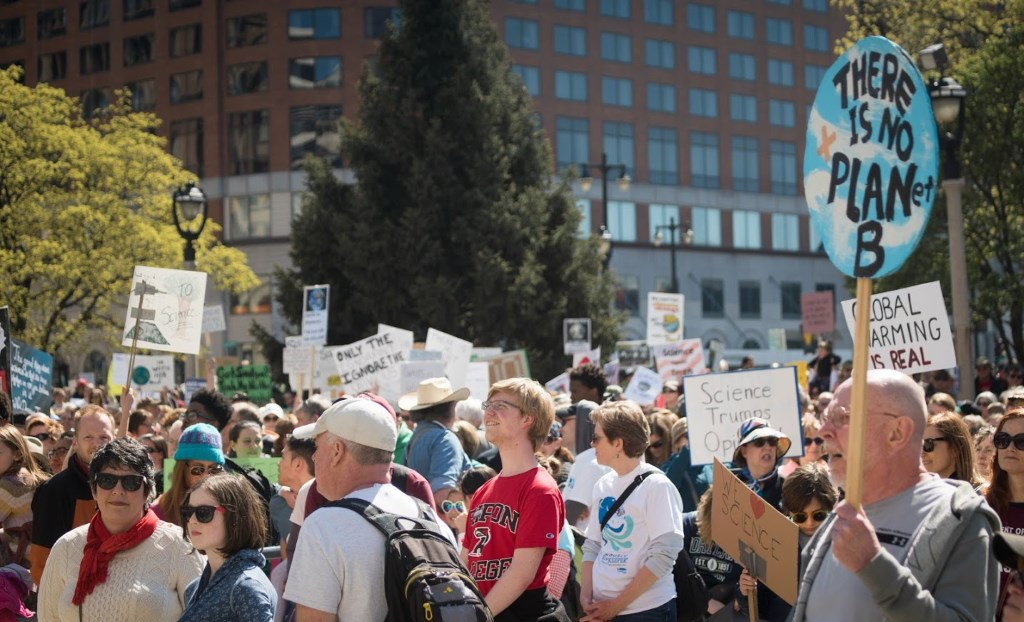 Science Supporters Step Out in Milwaukee