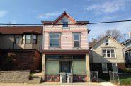1809 N. Humboldt Ave. Photo by Mariiana Tzotcheva.