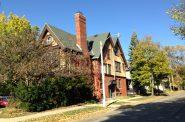 1815 N. Oakland Ave. Photo by Mariiana Tzotcheva.