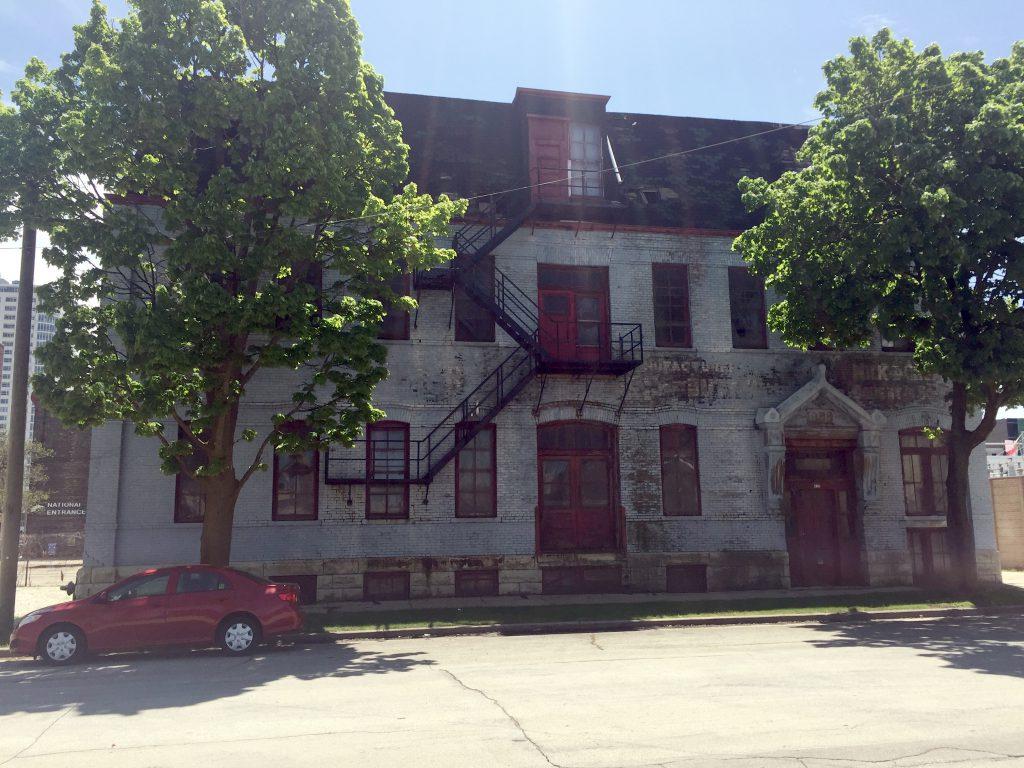 419 W. Vliet St. Photo by Dave Reid.