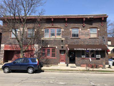 818-822 E. Chambers St.