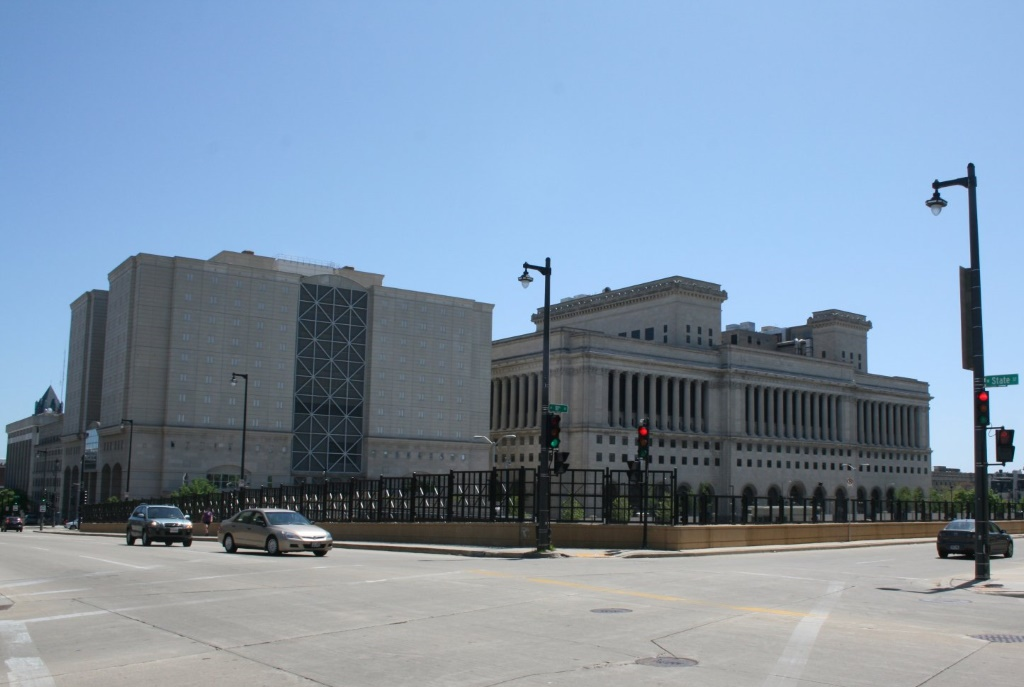 Milwaukee County Jail and Milwaukee County Courthouse. Photo by Jeramey Jannene.