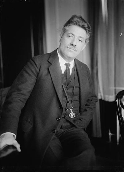 Fritz Kreisler. Photo is in the Public Domain.