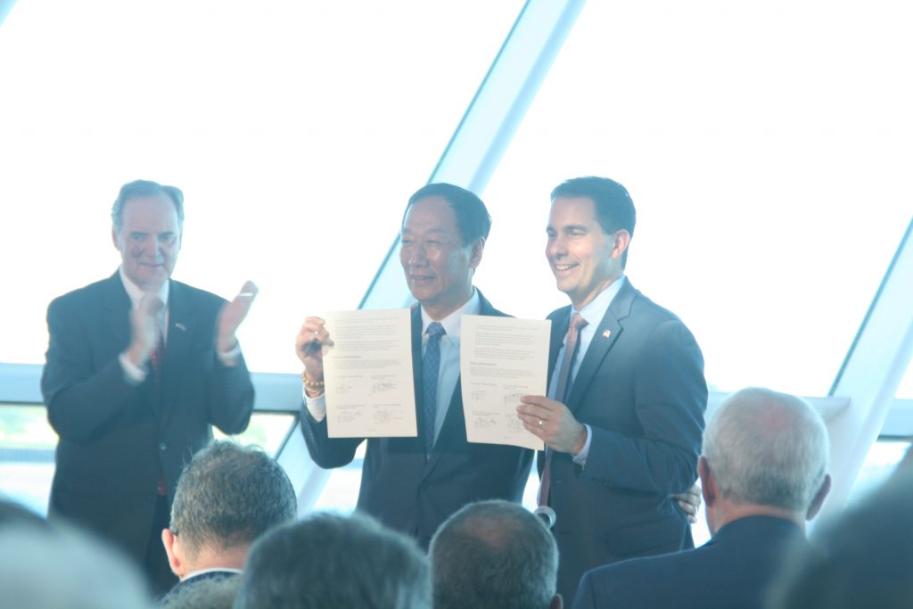 Foxconn chairman Terry Gou and Governor Scott Walker hold a memorandum of understanding. Photo by Jeramey Jannene.