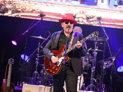 Music: Elvis Costello Can Still Rock a Crowd