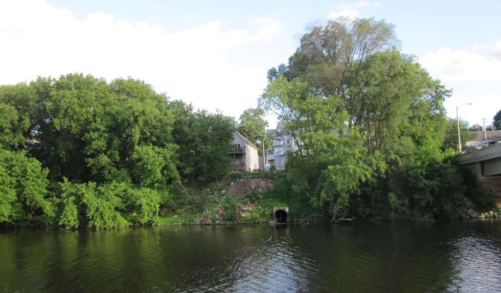 Construction of a single-family home along the Milwaukee River. Photo by Michael Horne.